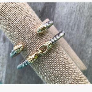 Jewelry - Cable bracelet set